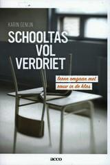 Schooltas-vol-verdriet--Karin-Genijn